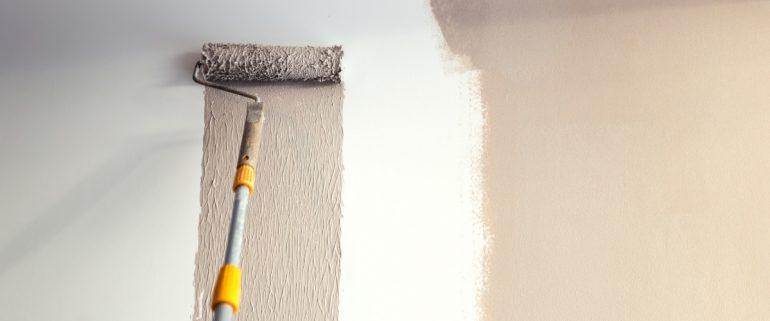 Waende-farbig-streichen-Mietwohnung-bei-Auszug