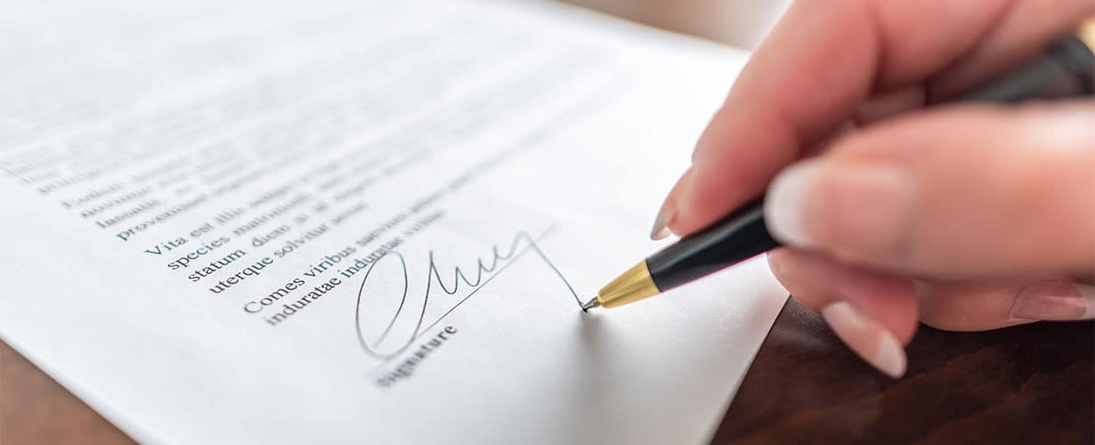 Mietvertrag unterschreiben
