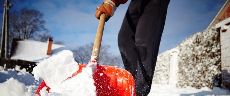 Schnee-schaufeln